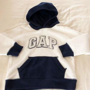 Baby Gap boys new size 5 years hooded sweatshirt